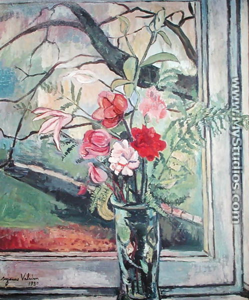 Bouquet of Flowers in Front of a Window, 1930 - Suzanne Valadon